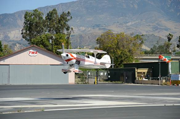 Pitts N113DL Landing on the Numbers March 29th